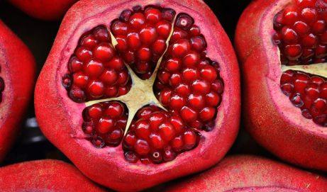 Granatapfel Kapseln helfen Haut und Organe gesund zu erhalten