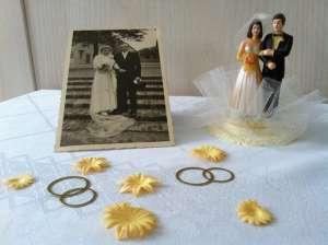 Tischdekoration Goldene Oder Silberne Hochzeit Meinhaushalt At