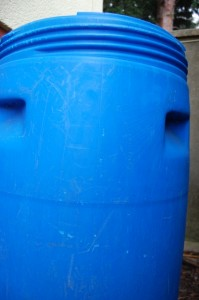 Mit Regenwassertonne Geld sparen