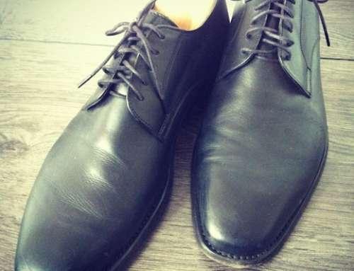 Schuhe mit Hausmittel reinigen