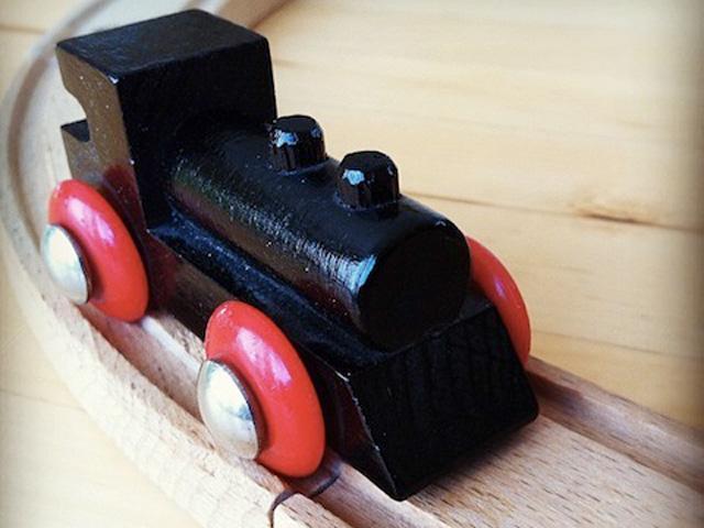 Holzeisenbahn Brio - Kinderspielzeug
