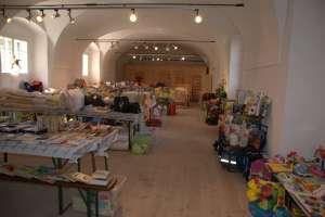 Hamstern in Groß-Schweinbarth - Flohmarkt für Kindersachen
