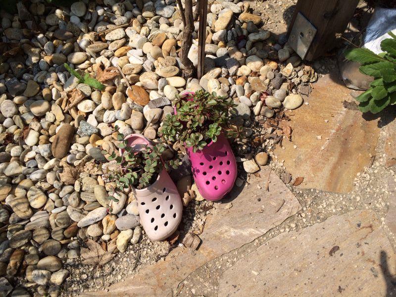 Stiefeletten Deko Garten Ideen selber machen Alte Schuhe