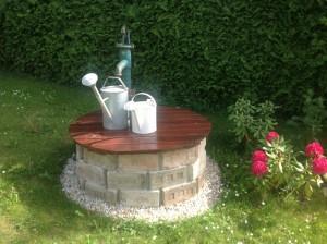 Selbstgemachter Recycling Brunnen
