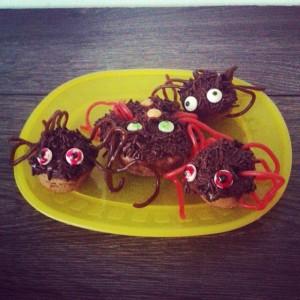 Spinnenmfuffins für Halloween