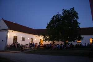 Sommerbühne in Groß-Schweinbarth