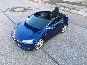 Elektroauto Tesla für Kinder